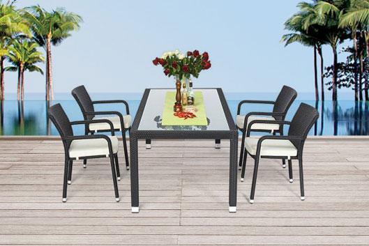 rattan gartentisch mit einer l nge von 160cm oder 180cm und passenden st hlen rattanm bel. Black Bedroom Furniture Sets. Home Design Ideas